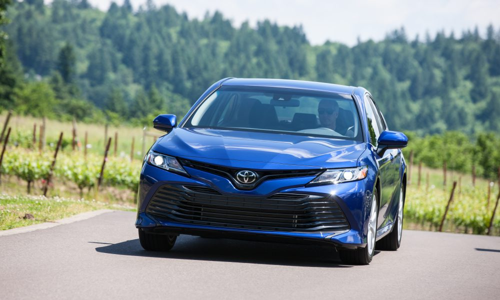 2018 Toyota Camry LE 01