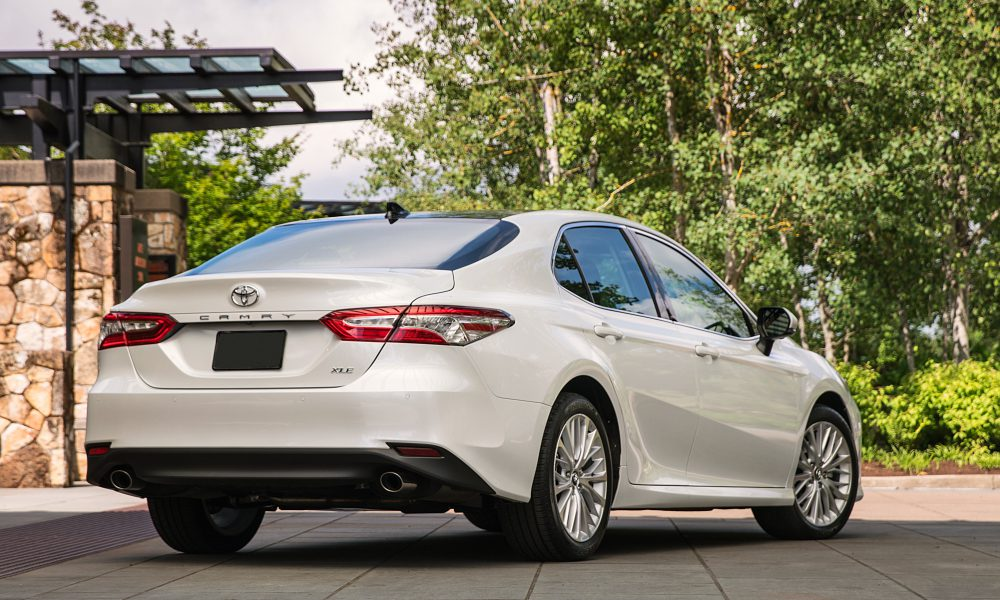 2018 Toyota Camry XLE 06