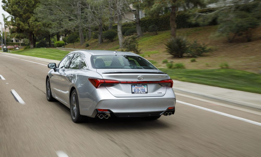 2019 Toyota Avalon All-New XSE 10