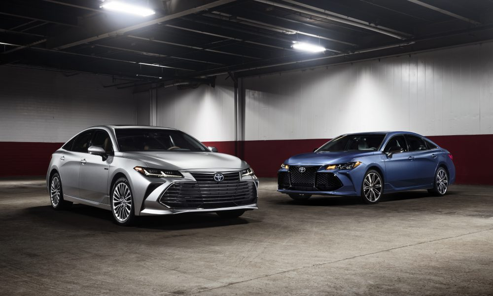 2019_Toyota_Avalon_group