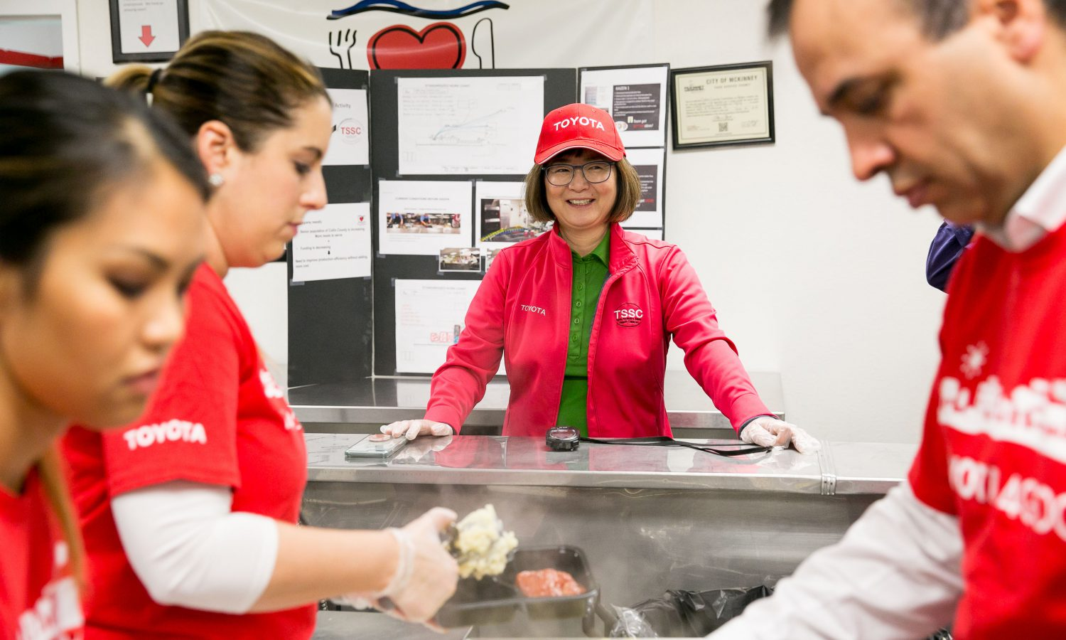 Mobilizing for Seniors: Toyota Begins Program with Two North Texas-Based Meals on Wheels to Help Serve More in Need