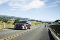 Toyota Announces Pricing for Refreshed 2015 Prius v