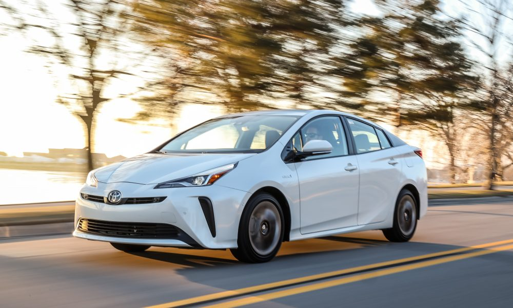 2020_Prius_Limited_01