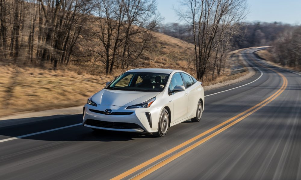 2020_Prius_Limited_02