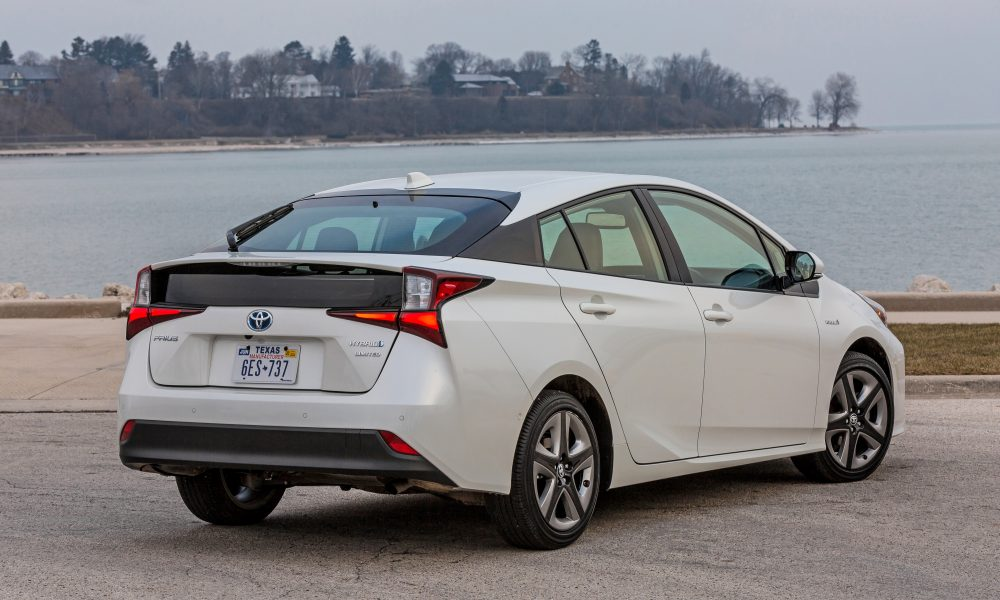 2020_Prius_Limited_06