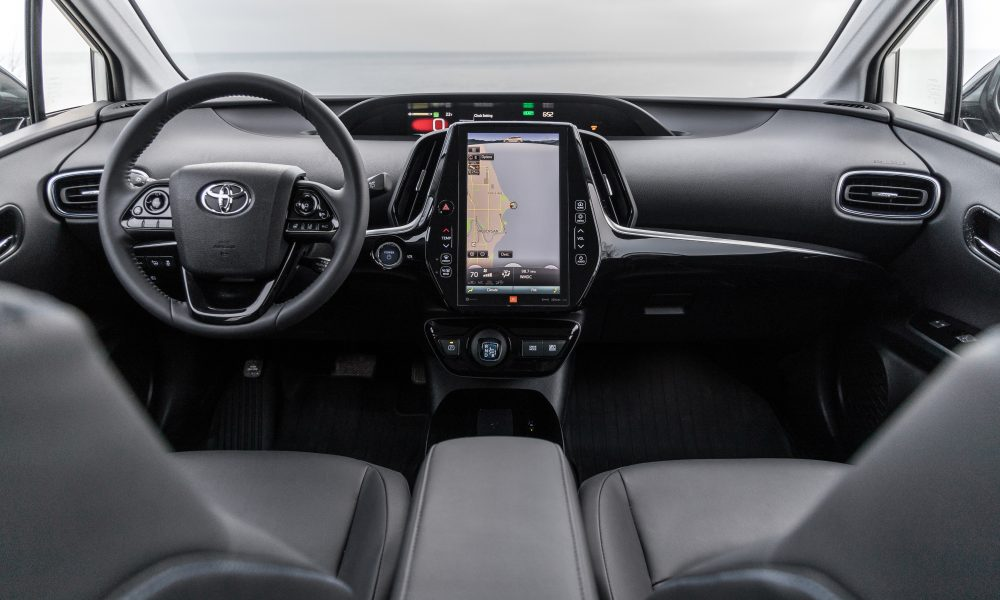 2020_Prius_Limited_09