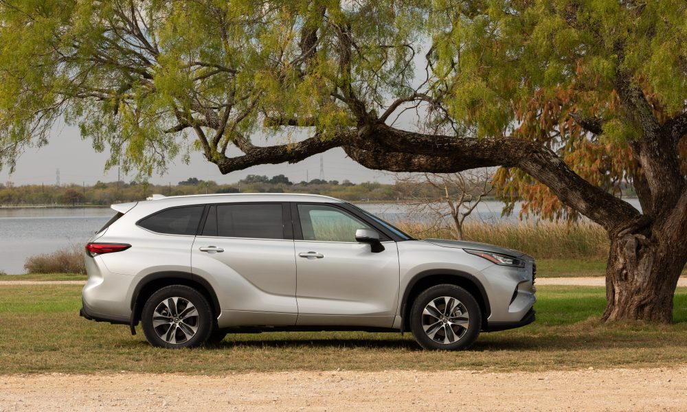 Highlander Makes Appearance at 2020 Chicago Auto Show