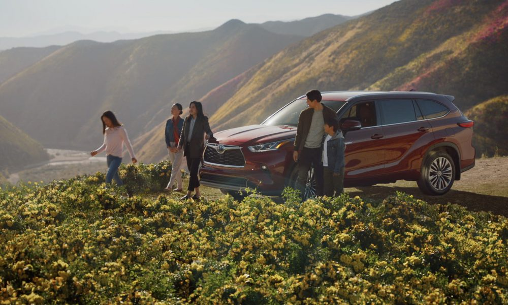 Toyota_Sweethearts_Intertrend_GO_HIGHLANDER_Campaign
