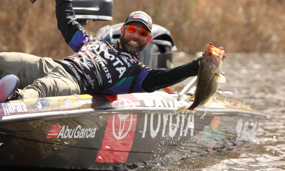 How Professional Angler Mike Iaconelli Is Giving Back