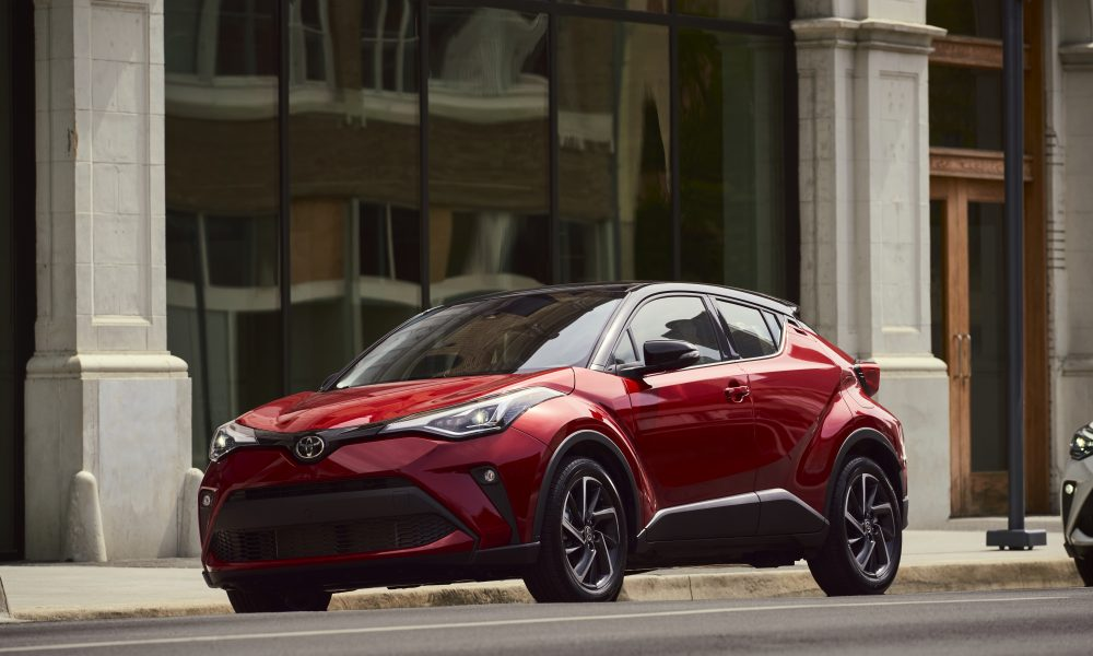 2021_Toyota_CHR_Supersonic Red_02