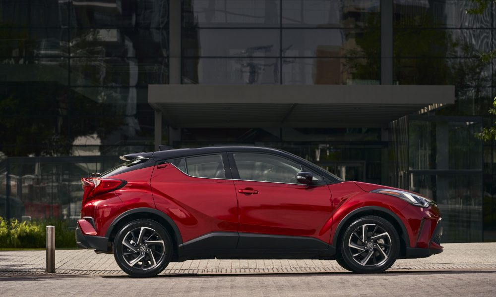 2021_Toyota_CHR_Supersonic Red_06