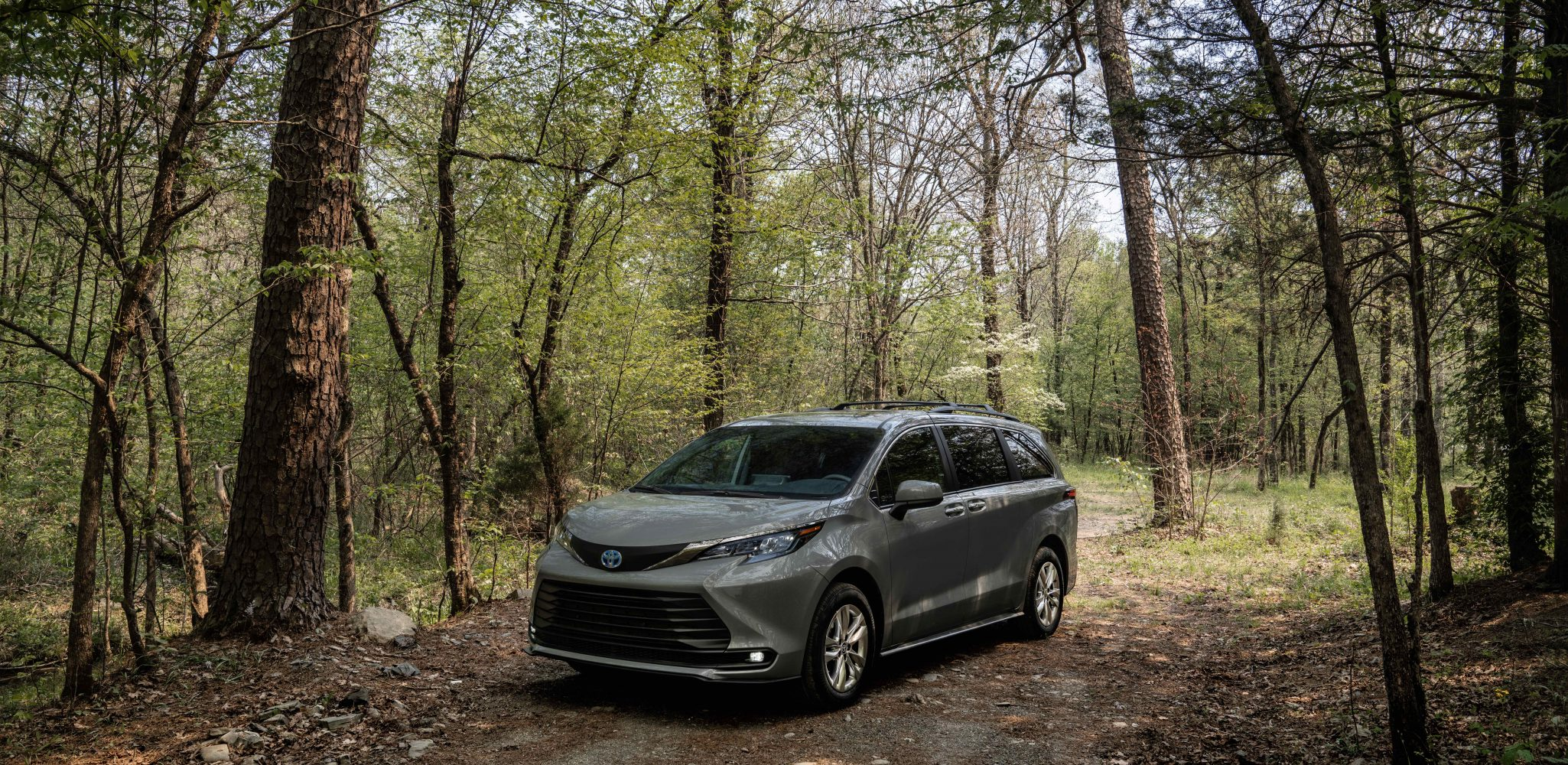 2022 Toyota Sienna Expands Adventure Possibilities with New Woodland Edition